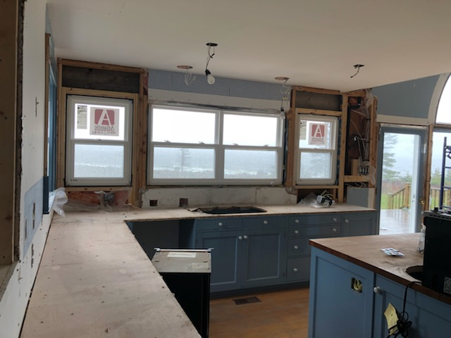wall of windows kitchen